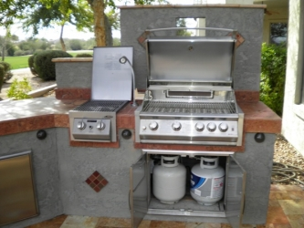 Gilbert Landscaping Backyard Barbeque