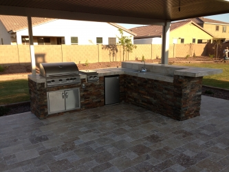 Phoenix Backyard Landscape Outdoor Kitchen