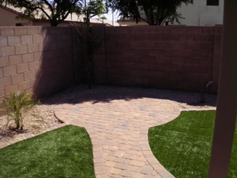 Arizona Landscape paver walkway and seating area