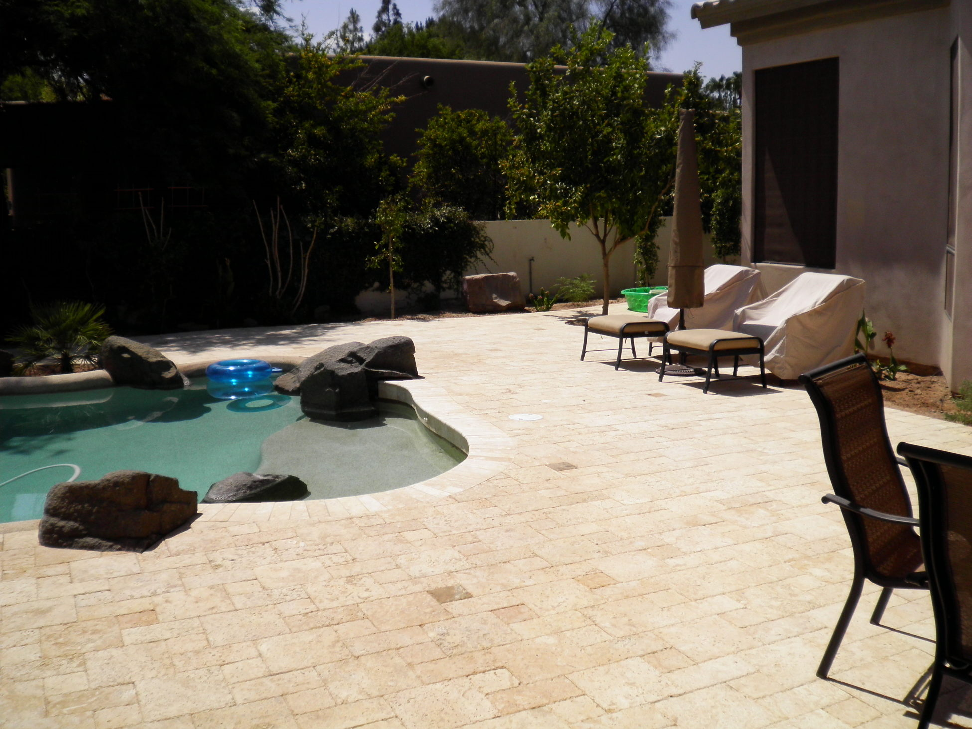 Cheap Pavers Pool Deck Buyer Beware Is Your Arizona Landscape Contractor An Icpi