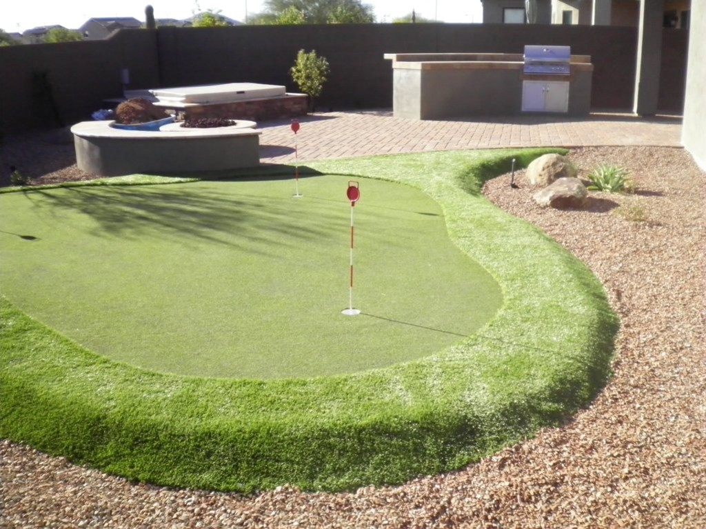 Arizona Putting Green