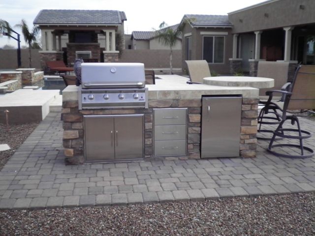Arizona outdoor kitchens are great addition to backyard fun for Outdoor barbeque area designs