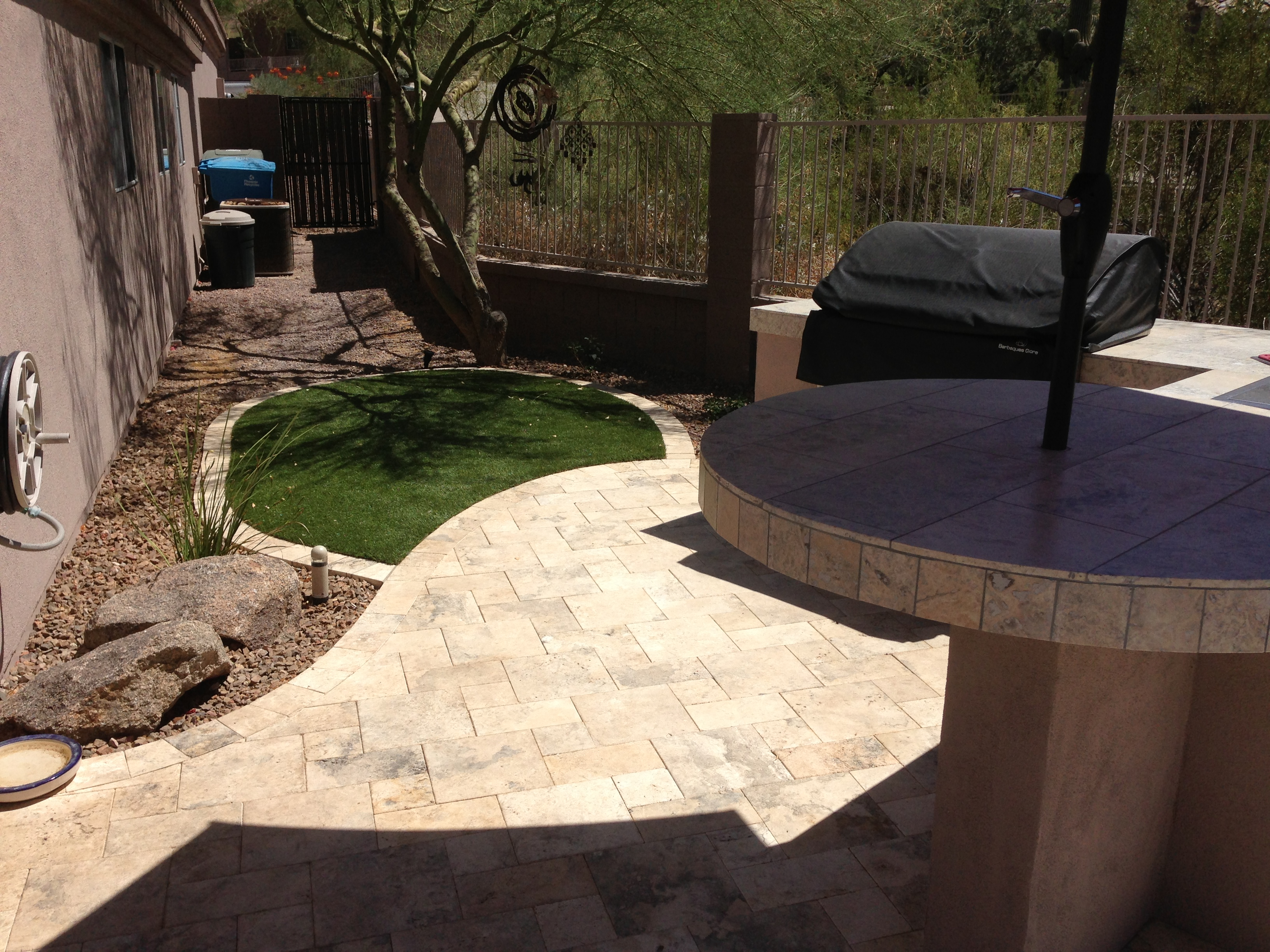 Multi levels create this phoenix landscape design for Landscape design phoenix